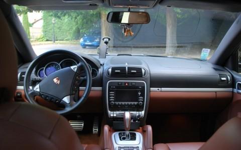 Porsche Cayenne  S 4,8 V8 385 cv Tiptr. S Volant multifonctions 3 branches en cuir (PI2)
