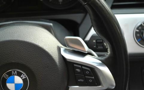 BMW Z4 (E89) SDRIVE 3.5i 306 cv Luxe boite séquentielle DKG 7 rapports avec palettes au volant