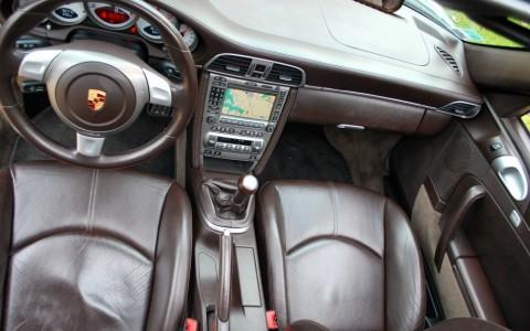 Porsche 997 Carrera S 3.8i 936 : intérieur cuir étendu Cocoa : 3 205 €