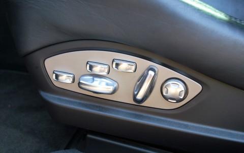 Porsche Panamera Turbo PDK P81: Sièges sport adaptatifs avec Pack Mémoire Confort
