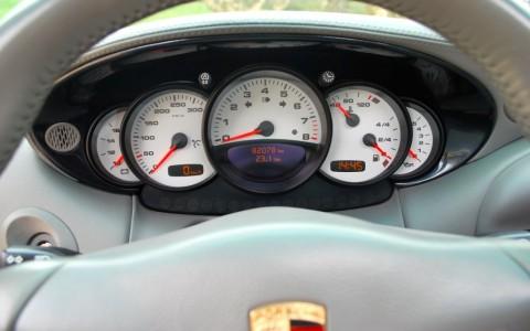 Porsche 996 Carrera 4S X51 3.6 345 cv X71 – Fond de compteur en aluminium