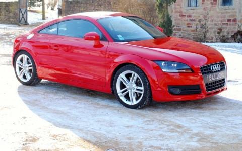 Audi TT Coupé 2.0 TFSI 200cv Vous habitez loin de Lyon ? Nous venons vous chercher à la gare ou à l'aéroport.