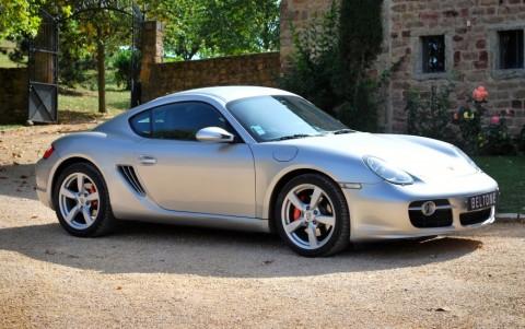 Porsche Cayman S 3.4 295cv Vous habitez loin de Lyon ? Nous venons vous chercher à la gare ou à l'aéroport.