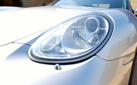 Porsche Cayman S 3.4 295cv P74 : Projecteurs Bi-xénon.