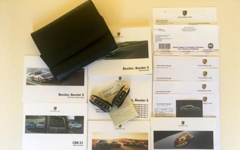 Porsche Boxster 981 2.7 265cv PDK Entretien suivi en Centres Porsche avec justificatifs.