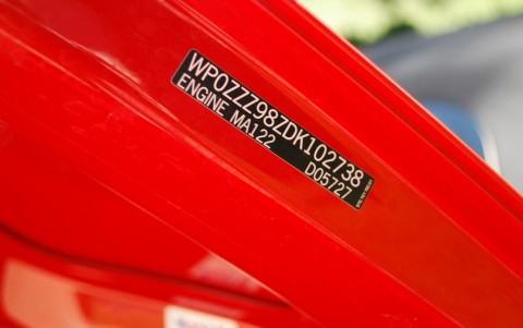 Porsche Boxster 981 2.7 265cv PDK Etiquette capot arrière : WP0ZZZ98ZDK102738