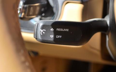 Porsche Boxster 981 2.7 265cv PDK 454 : Régulateur de vitesse.
