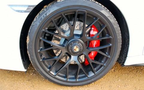 Porsche 991 3.8 GTS 430cv PDK Jantes 20 Turbo S finition satinée à fixation centrale