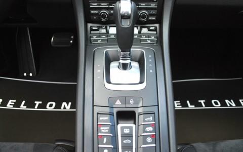 Porsche 991 3.8 GTS 430cv PDK Echappement Sport avec bouton sur la console centrale