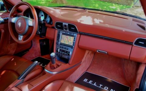 Porsche 997 Carrera S 3.8 355cv 803 : Pack Carbone (baguettes de planche de bord, levier de vitesse et frein à main)