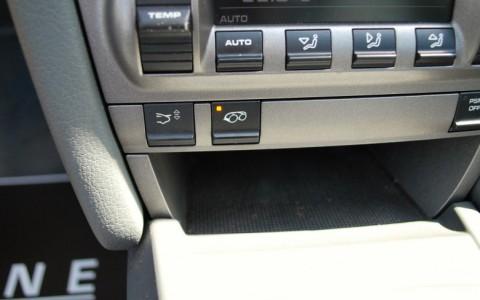 Porsche 997 Targa 4 3.6 325cv XLF : Echappement Sport avec bouton sur la console centrale