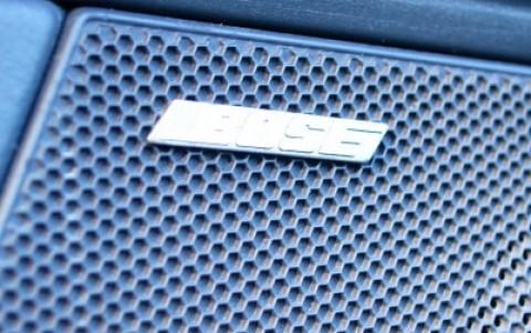Porsche 997 Carrera S Cabriolet 3.8 355cv 680 : Bose Surround Sound-System (325W - 12 HP)