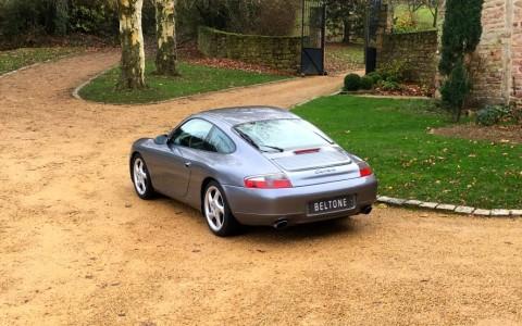 Porsche 996 Carrera 3.4 300cv 425 : Essuie-glace de lunette arrière