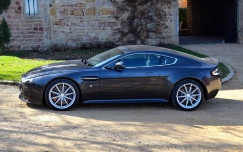Aston Martin V12 Vantage S coupé
