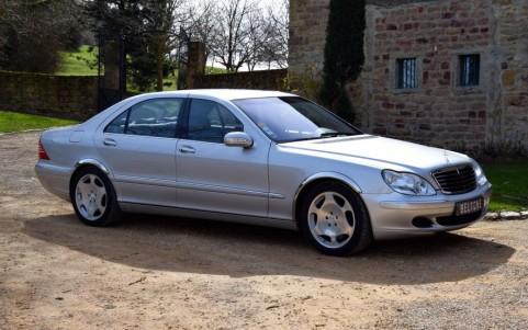 Mercedes S600 5.5 V12 500cv Vous habitez loin de Lyon ? Nous venons vous chercher à la gare ou à l'aéroport.