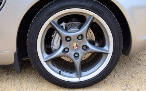 Porsche Boxster S 550 Spyder 266cv - Jantes 18 pouces carrera II peintes en Gris Kerguelen métallisé