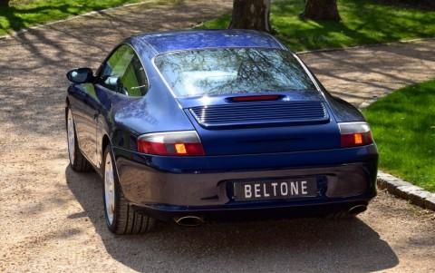 Porsche 996 Carrera 3.6 320cv LM5W : Peinture Lapislazuli métallisée