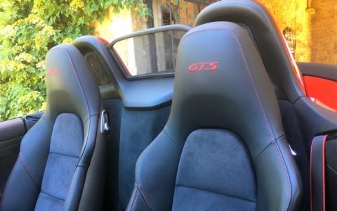 Porsche Boxster GTS PDK 088 : Pack intérieur GTS