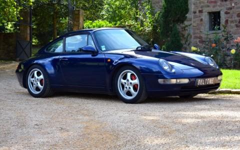 Porsche 993 Carrera 3.6 272cv Vous habitez loin de Lyon ? Nous venons vous chercher à la gare ou à l'aéroport.