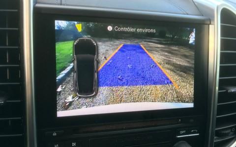 Porsche Cayenne GTS 3.6 440cv 7X8 : Caméra de recul incluant l'assistance parking AV/AR