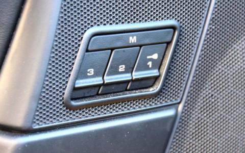 Porsche 997 Carrera 4S Cabriolet 355cv 377 / 378 / 537 : Sièges avant sport adaptatifs à coque avec 16 réglages électriques