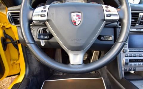 Porsche 997 Carrera 4S Cabriolet 355cv 431 / 991 : Volant multifonctions en cuir lisse avec Airbag.