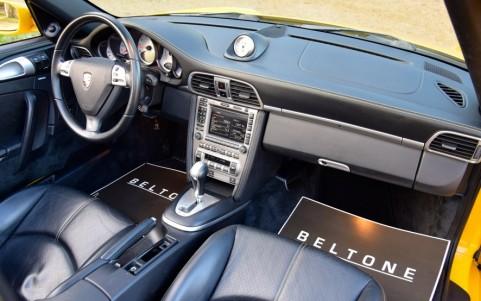 Porsche 997 Carrera 4S Cabriolet 355cv 249 / 432 : Transmission automatique Tiptronic S à 5 rapports avec commutateurs sur le volant