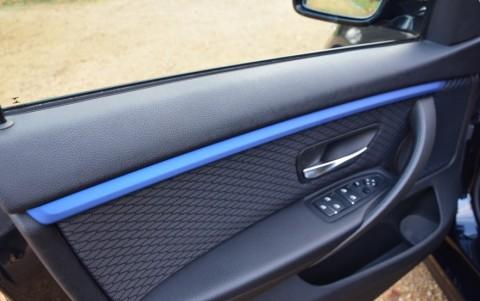 Bmw 440i xDrive 360cv Finition int. aluminium Hexagon accent bleu Estonil mat